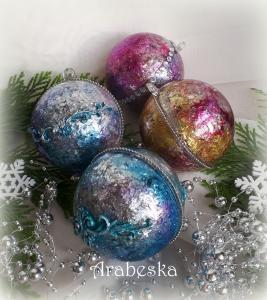 Kolorowe Bombki